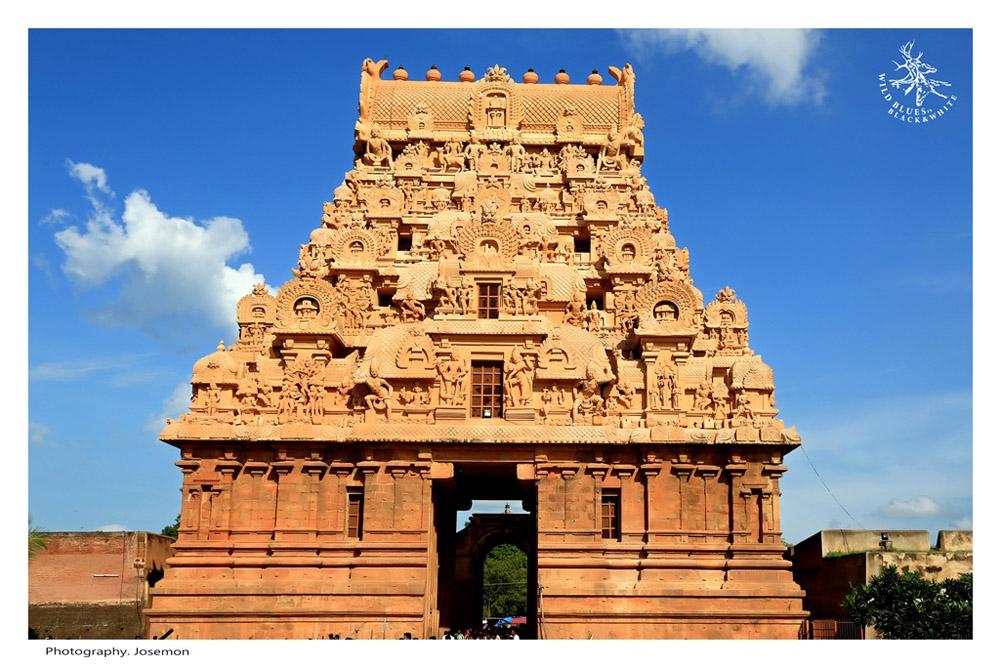 Thanjavur Tanjore Cholas Brihadishvara temple