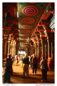 thousand pillar hall I madurai temple inside