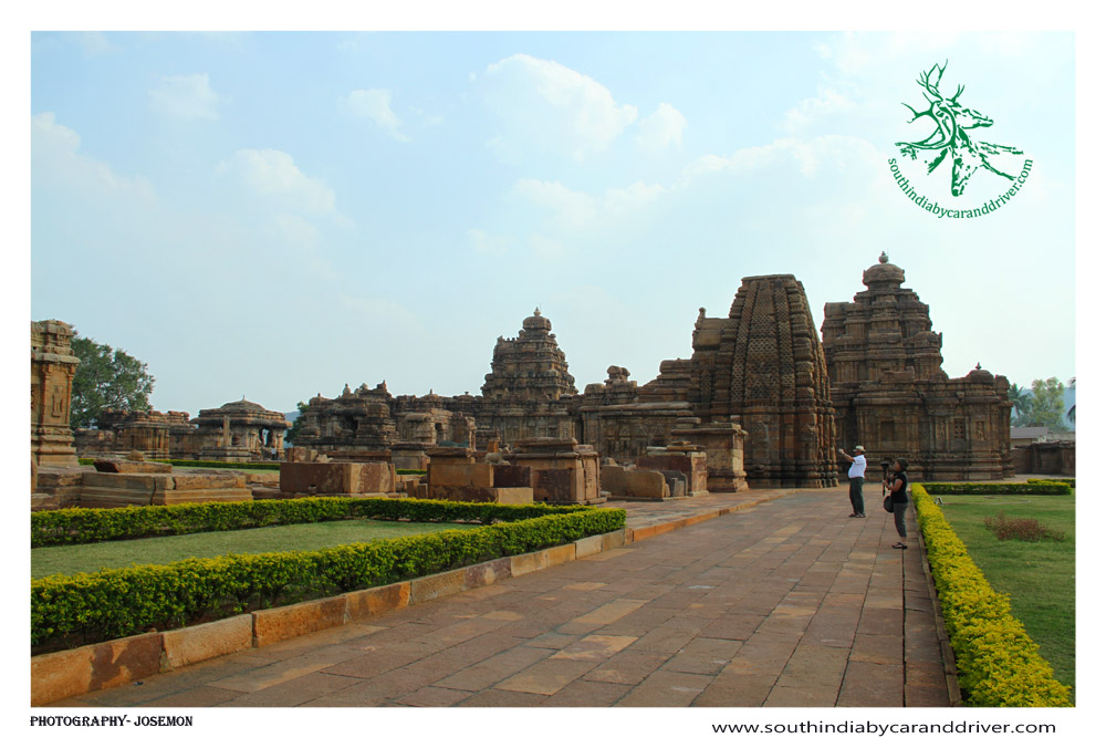 View of Virupaksha and Mallikarjuna temple, Pattadakal
